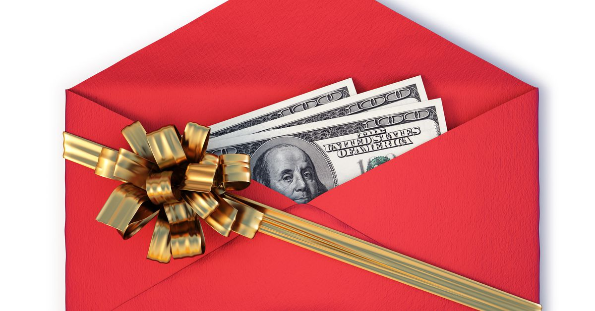 Holiday tipping guide: How much to tip your building staff