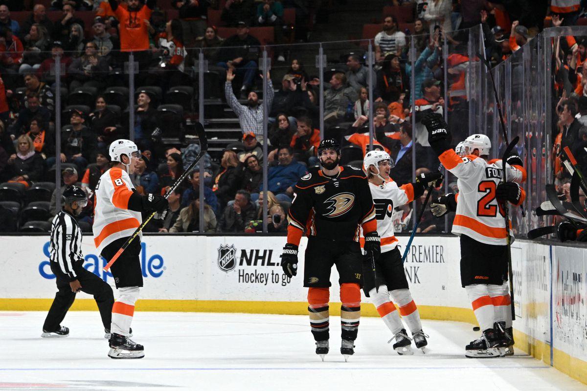 NHL: Philadelphia Flyers at Anaheim Ducks