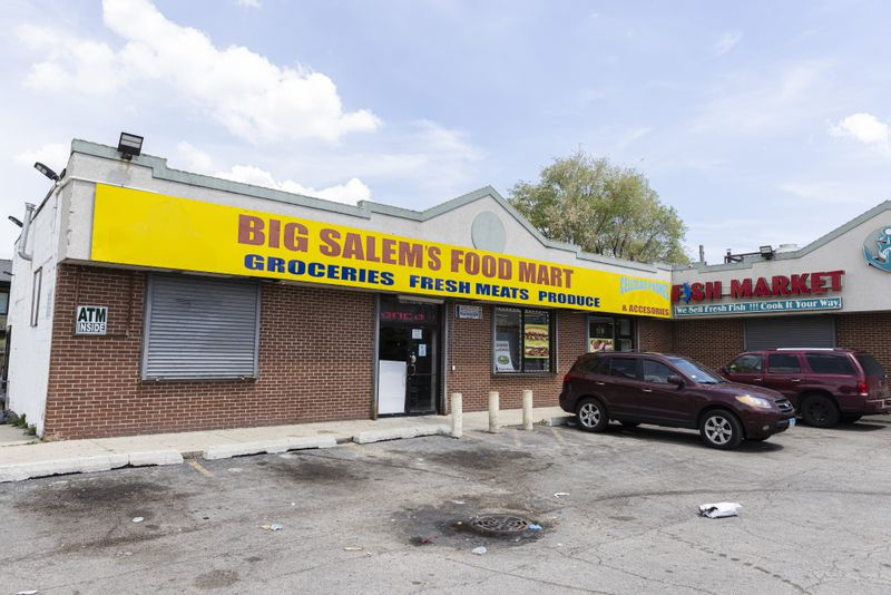 Big Salem's Food Mart at 1724 E. 71st St. in Southshore, Thursday, May 20, 2021.   Anthony Vazquez/Sun-Times
