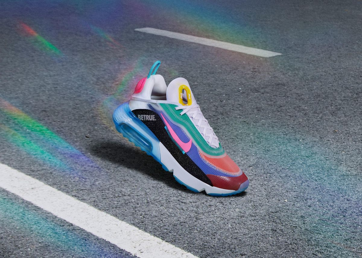 sufrimiento vendedor Electropositivo  2020 Pride gear is coming soon including Nike's BeTrue collection -  Outsports