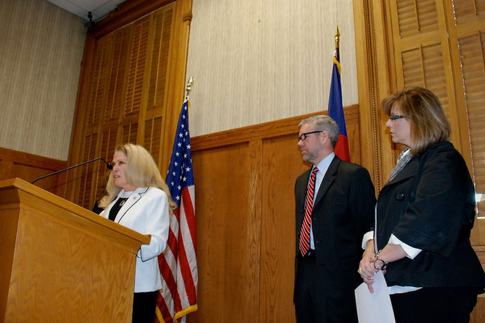 State Sen. Vicki Marble, R-Fort Collins, explains her rational for sponsoring a bill that would delay the implementation of new standards in Colorado at an 11:30 a.m. press conference. To her right are Director of Academic Services at the Classical Academy Wes Jolly and Monument Academy Principal Lis Richards.