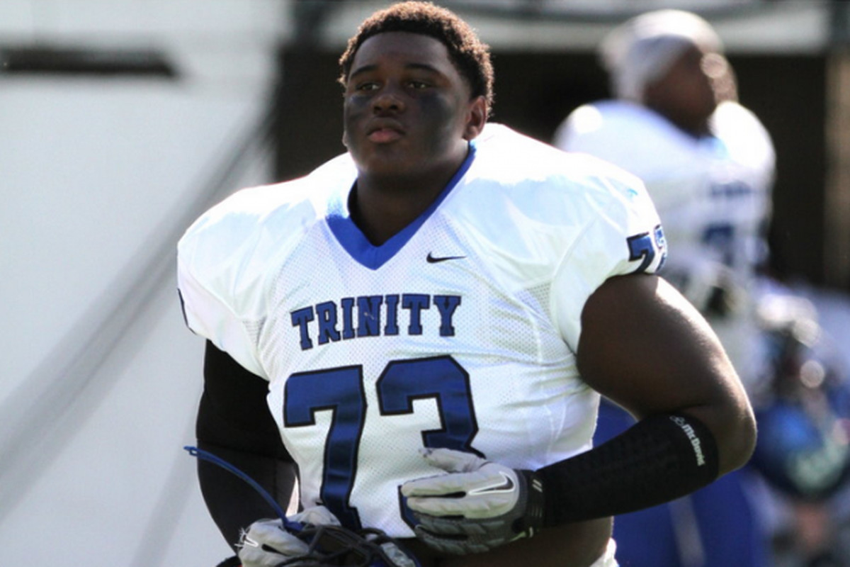 DT Kendrick Norton has committed to the Miami Hurricanes