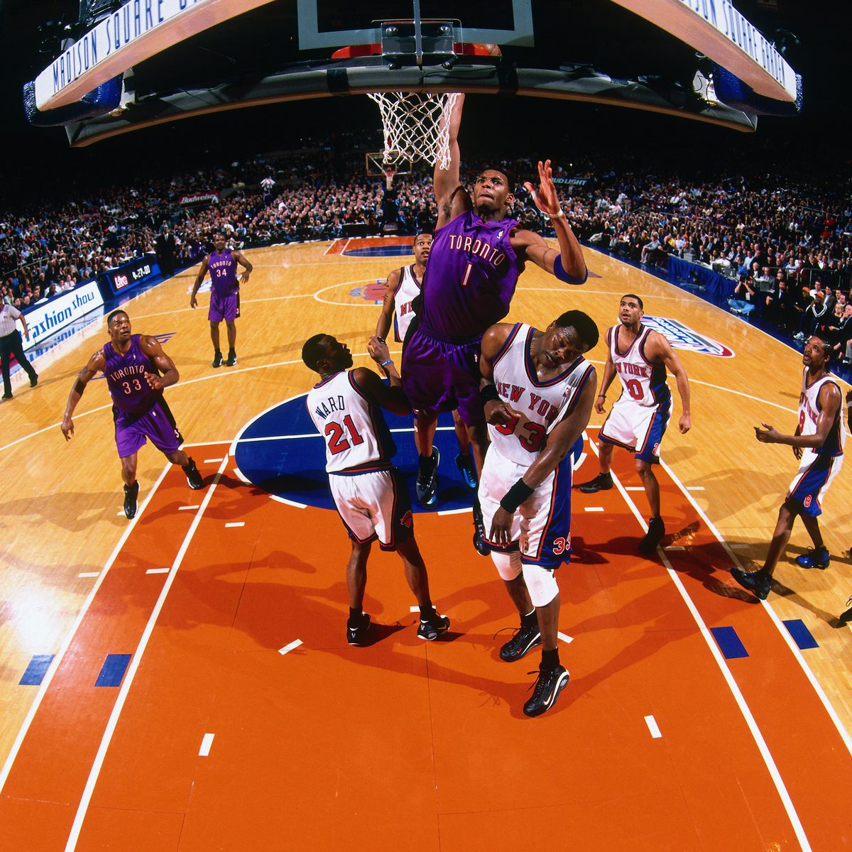 2000 Eastern Conference Quarterfinals, Game 2: Toronto Raptors vs. New York Knicks