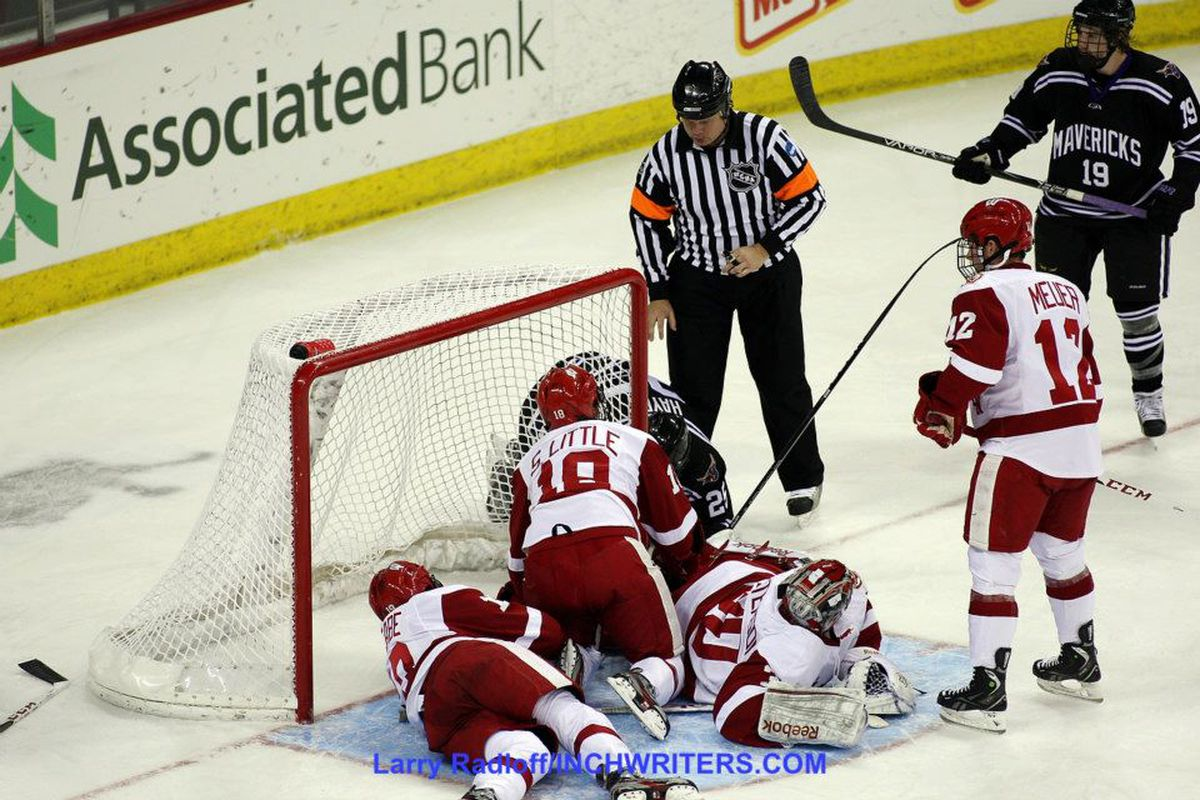 Wisconsin's defensive strategy in the third period