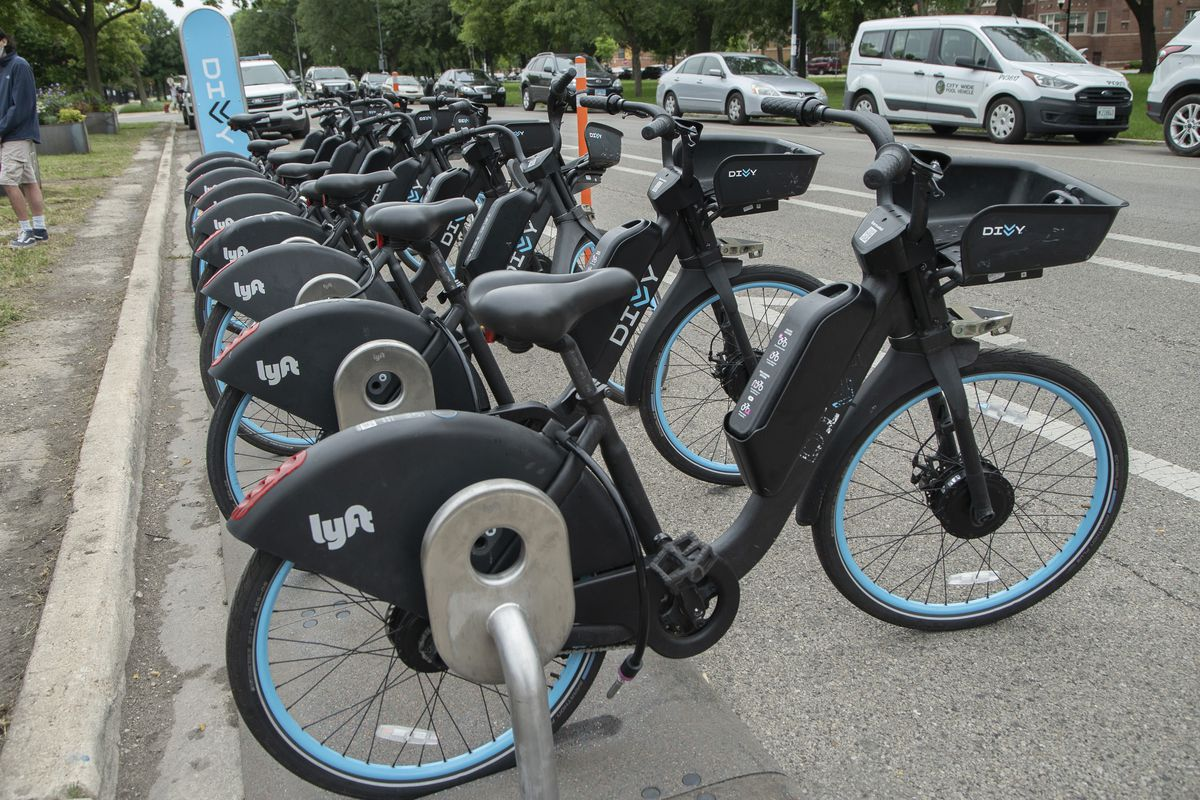 Divvy electric-assist bikes at a new docking station  at Douglass Boulevard and Central Park Avenue in Lawndale on July 8, 2021.