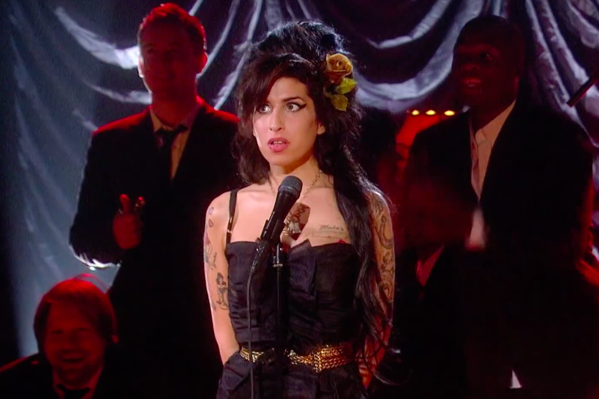 Amy won the Academy Award for Best Documentary Feature tonight. The Asif Kapadia-directed documentary, which gave viewers a behind-the-scenes look at Amy ...