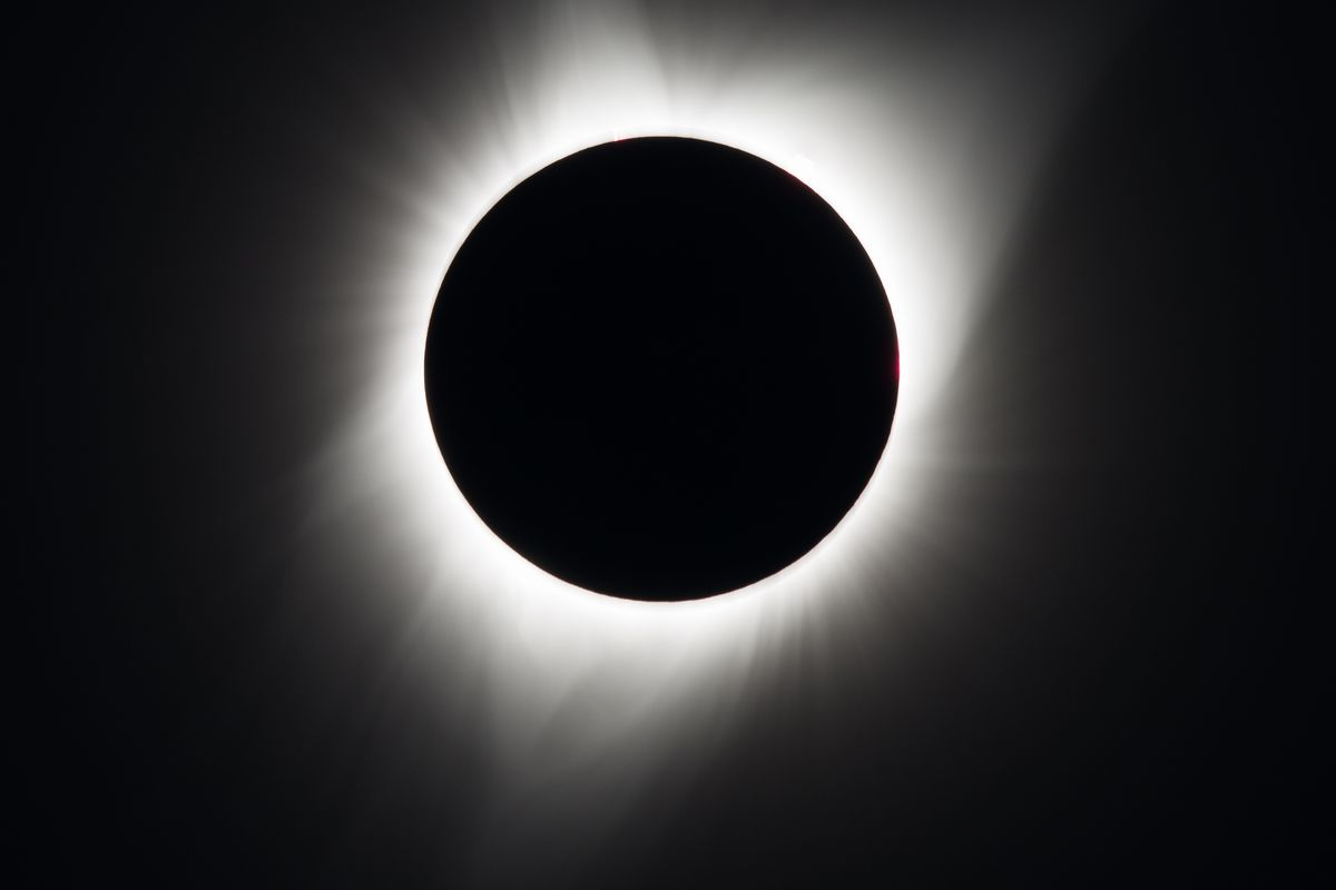 A shot of the totality.