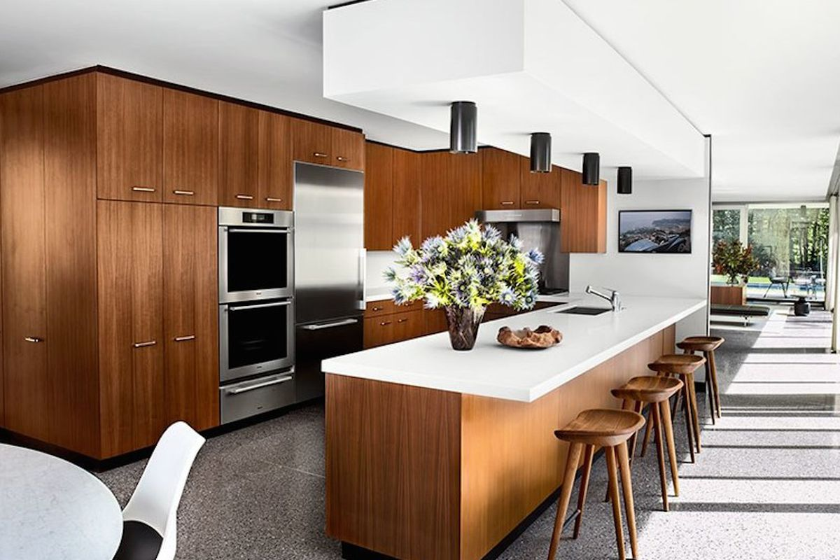 20 Charming Midcentury Kitchens Ranked From Virtually Untouched To - Interior-designed-kitchens