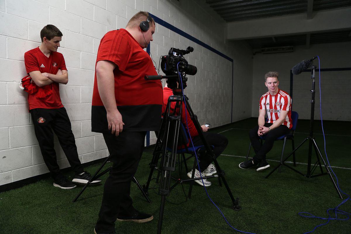 Sunderland Unveil New Signing Grant Leadbitter