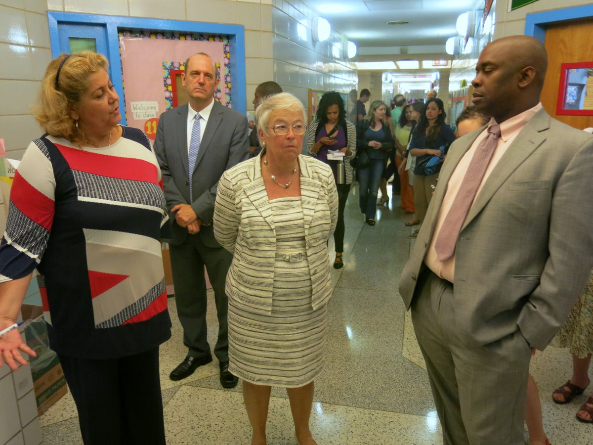 Fariña visited P.S. 5, a longtime community school in Upper Manhattan, with Principal Wanda Soto and Deputy Mayor Richard Buery earlier this year.