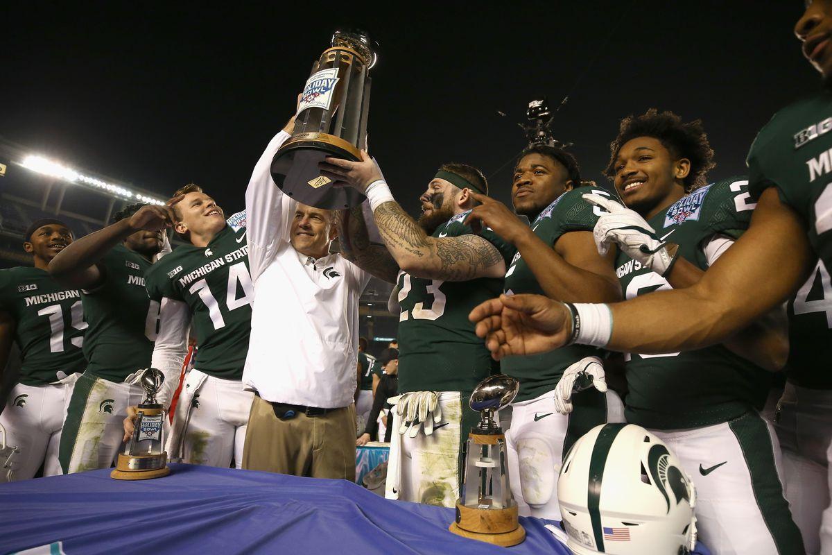 SDCCU Holiday Bowl - Michigan State v Washington State