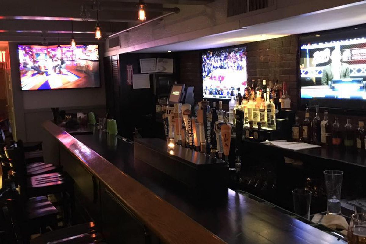 beacon street locale is now open in the former crossroads space