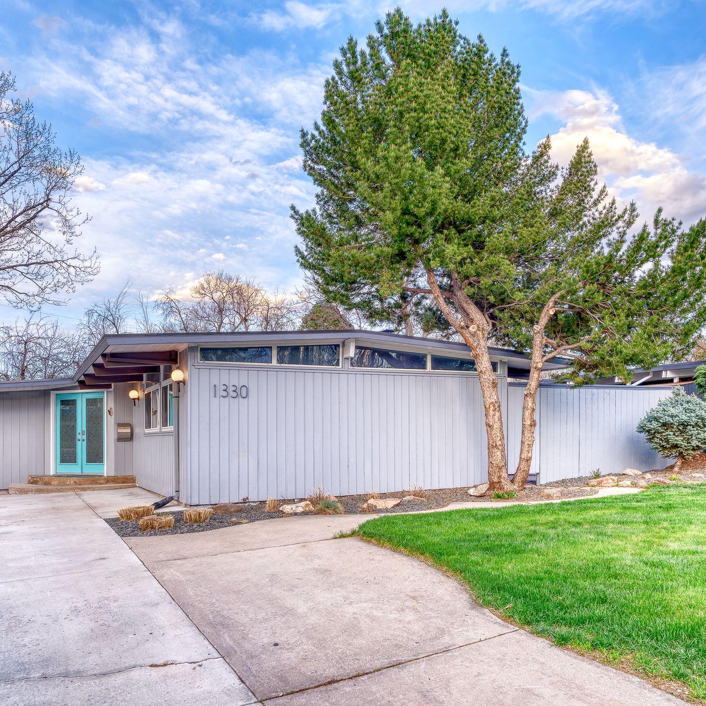 Lovely midcentury modern wants $689K in Denver - Curbed
