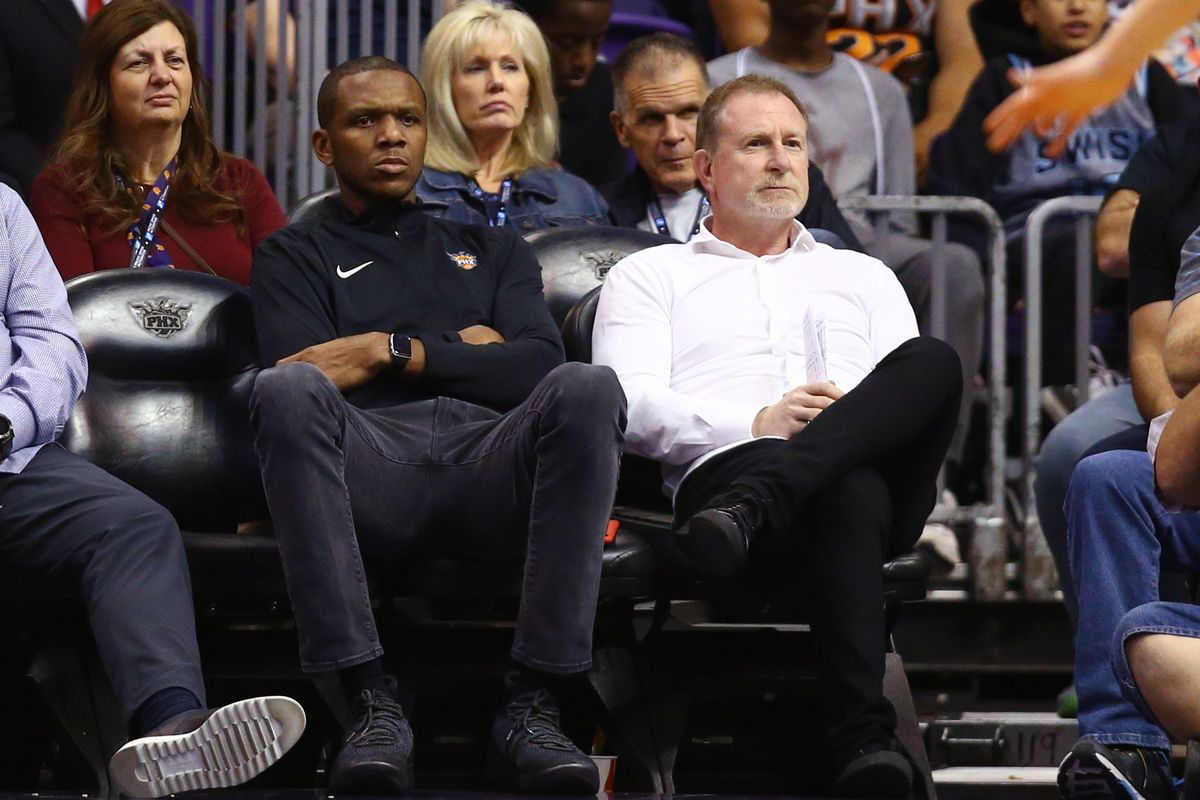Young, first-time GMs like James Jones create optimism for Phoenix Suns