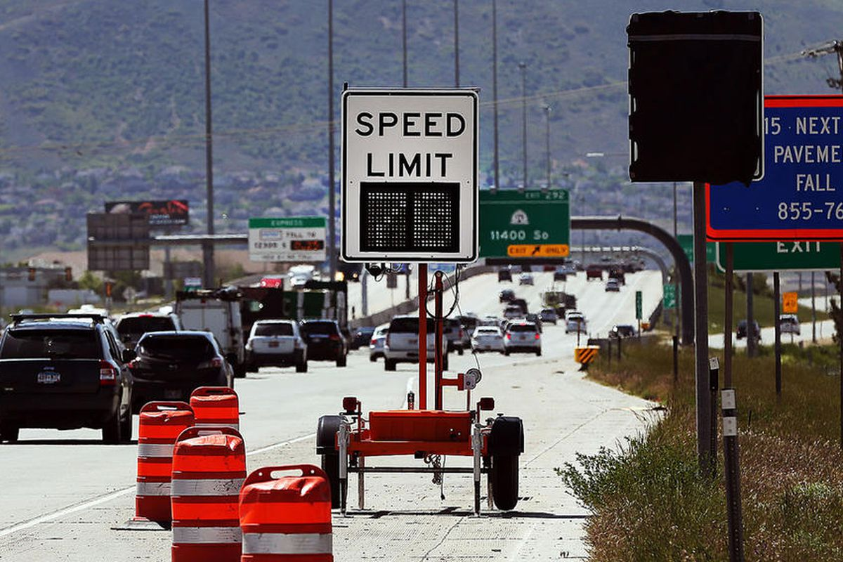 """FILE"""""""" A variable speed limit sign is in use at about 110th South on I-15, Friday, May 13, 2016."""