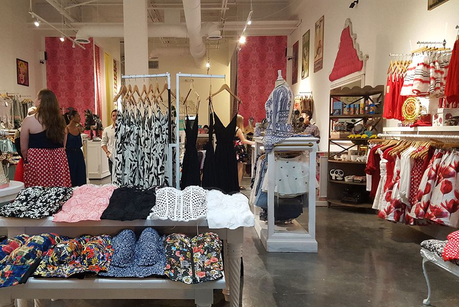 Photos Fabletics Jonathan Adler And More Open At The