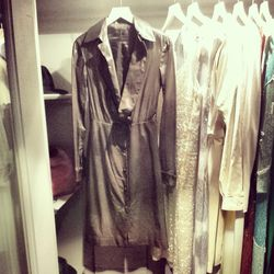 """The suite's closet comes with vintage Halston dresses, handbags and shoes, including Amy Adams' brown leather dress, as <a href=""""https://www.facebook.com/AmericanHustle/photos/pb.331184173682763.-2207520000.1394474358./406562932811553/?type=3&theater"""">see"""