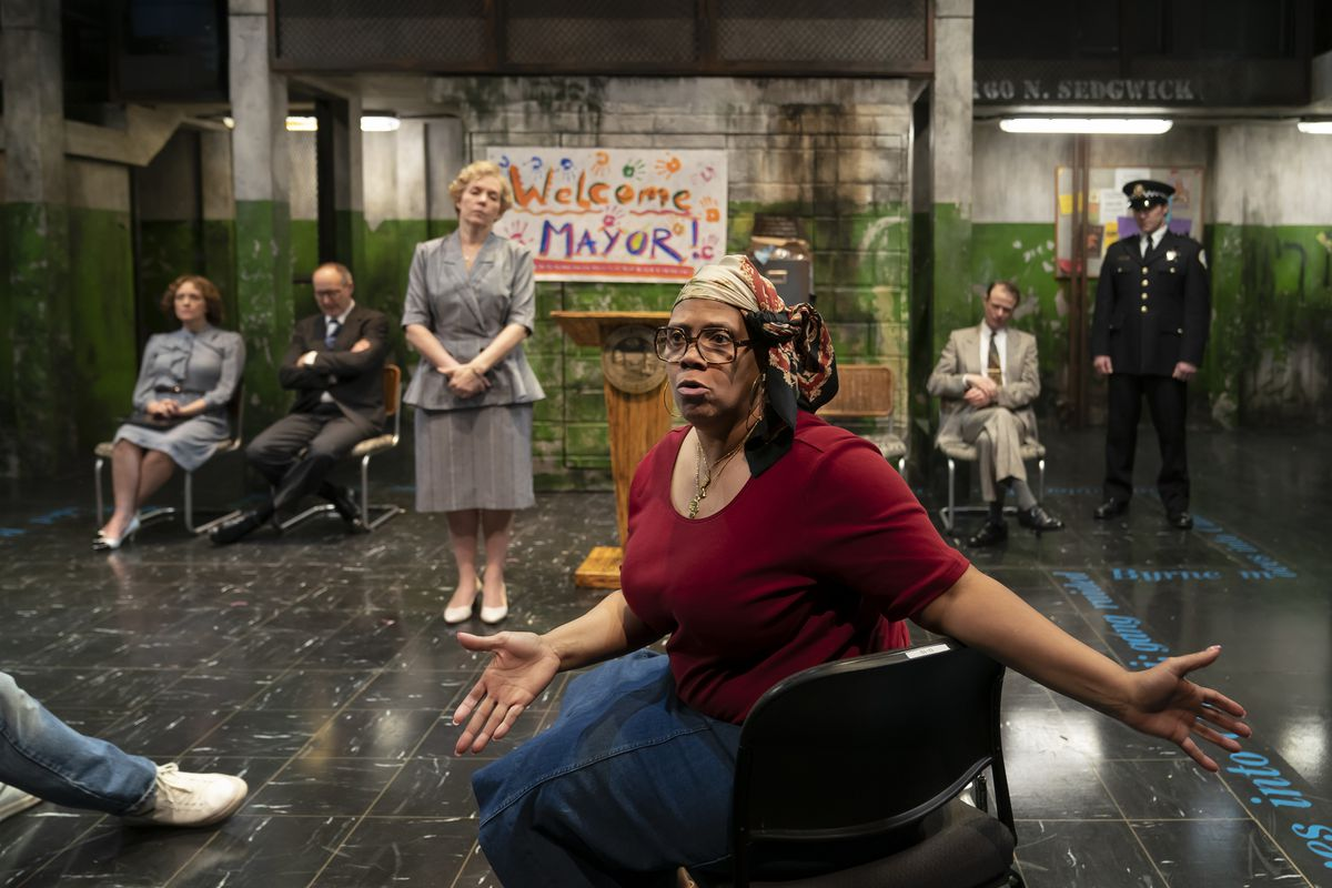 """TaRon Patton (front) plays Cabrini-Green resident and activist Marion Stamps in the Lookingglass Theatre production of """"Her Honor Jane Byrne,"""" which also features Tracy Walsh, Frank Nall, Christine Mary Dunford as the title character, EM Thomas J. Cox and Josh Odor."""