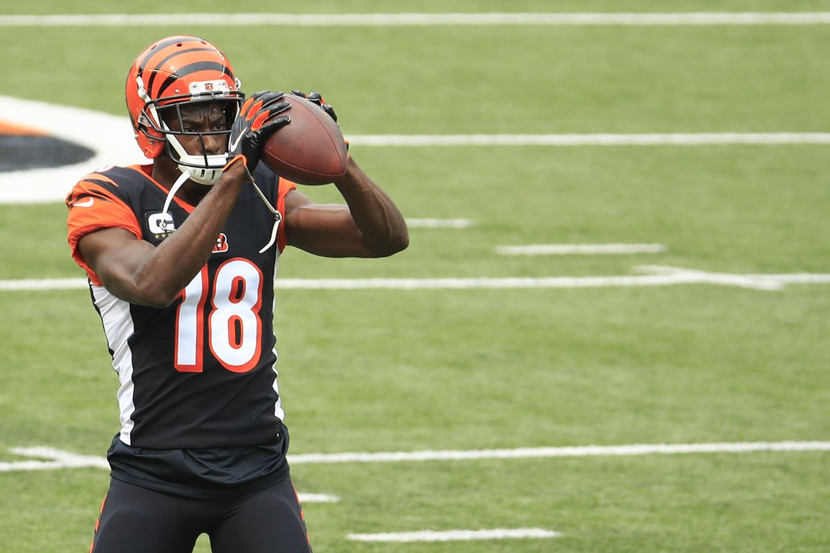 Wide receiver A.J. Green of the Cincinnati Bengals warms up before playing against the Los Angeles Chargers at Paul Brown Stadium on September 13, 2020 in Cincinnati, Ohio.