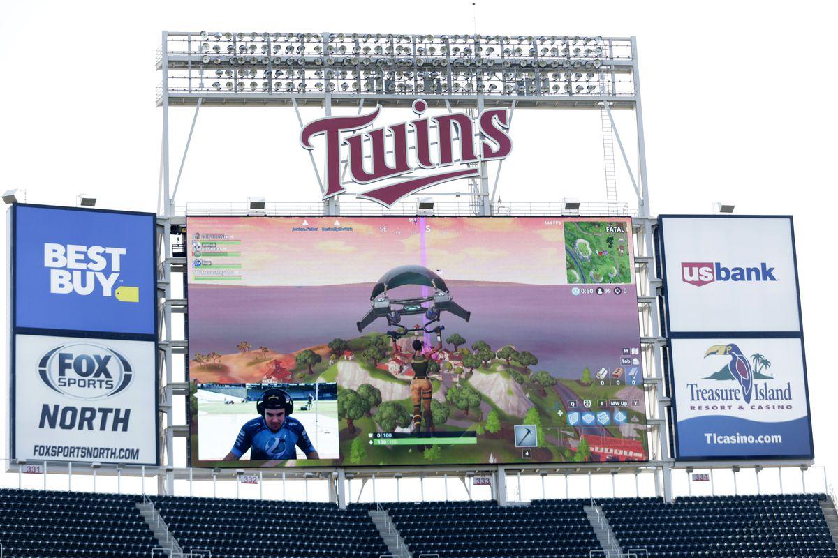 Seattle Mariners v Minnesota Twins