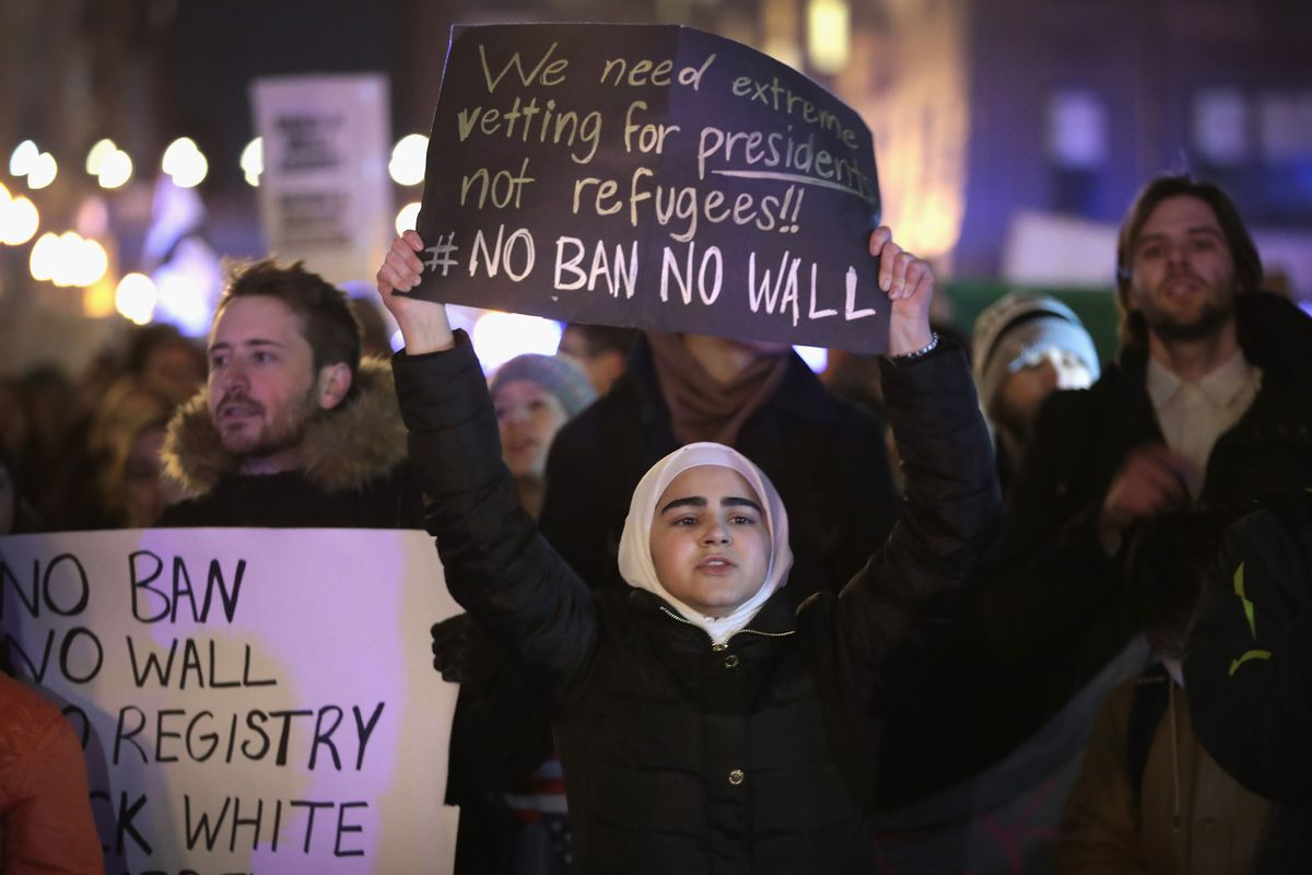 Protestors Rally Outside DHS Office In Chicago Against Muslim Immigration Ban