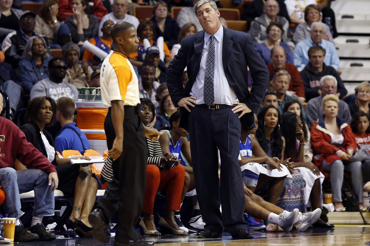 Bill Laimbeer's debut as coach of the New York Liberty was spoiled by hot shooting from Kara Lawson.
