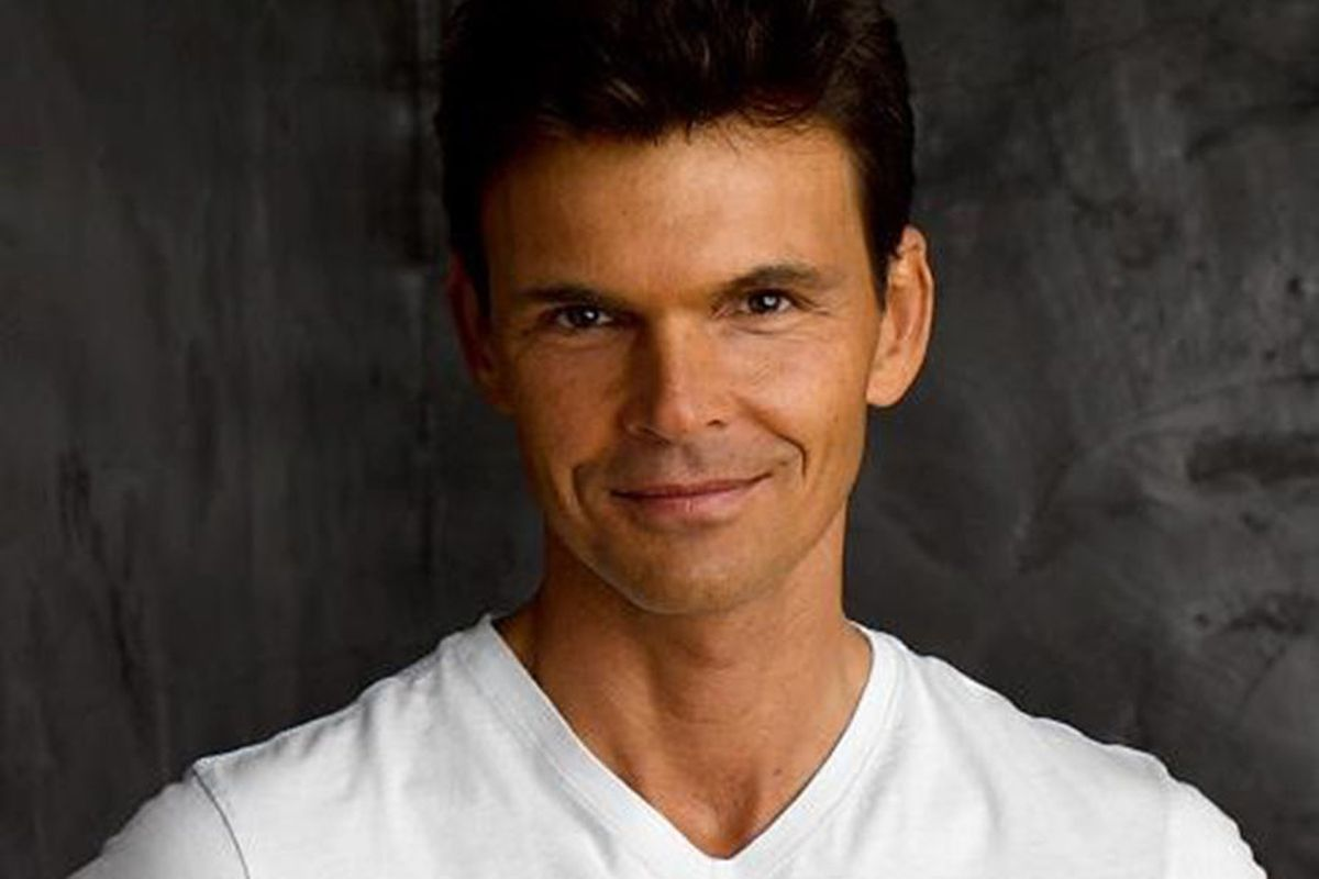 Celebrity chef Matthew Kenney is opening a vegan pizza place in Manhattan.