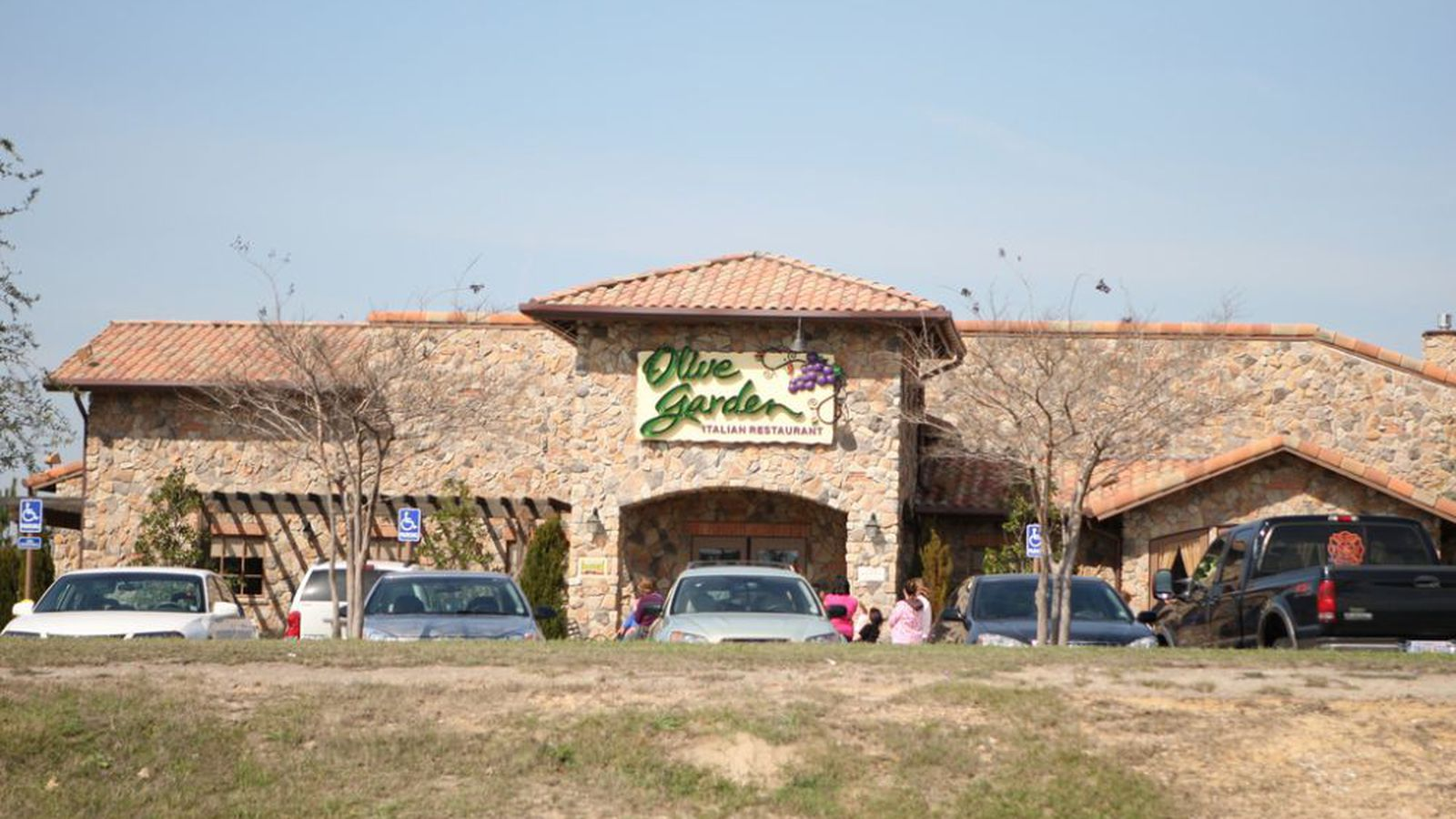 Olive Garden Entices Parents With Free Babysitting Offer Eater