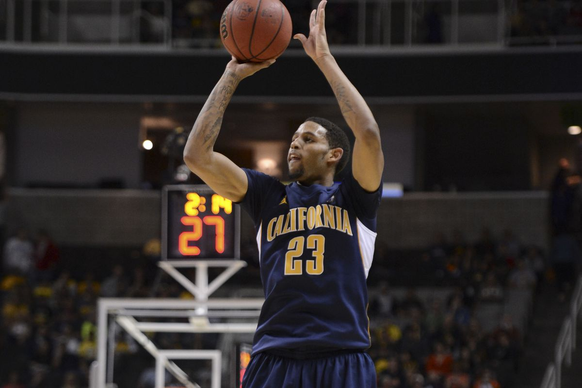 Allen Crabbe is working out for the Wolves