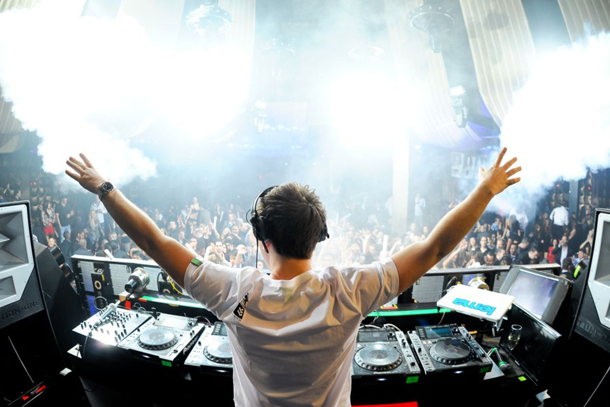 Hardwell spinning at Marquee Nightclub earlier this year.