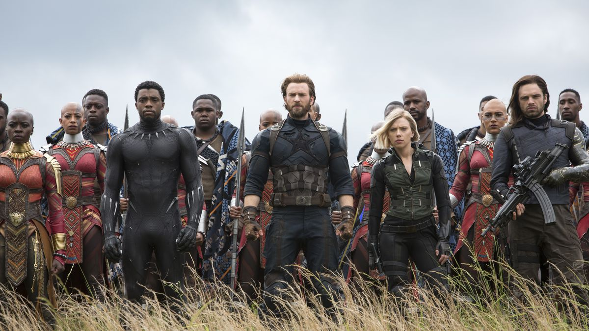 Avengers: Infinity War - Black Panther, Captain America, Black Widow and Bucky Barnes leading the Dora Milaje