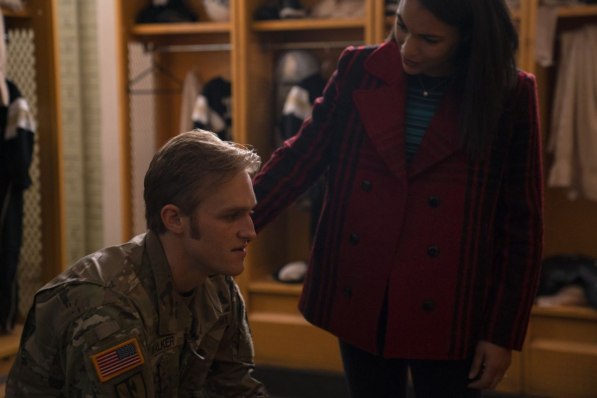 Olivia Walker (Gabrielle Byndloss) comforts her husband John (Wyatt Russell) in The Falcon and the Winter Soldier