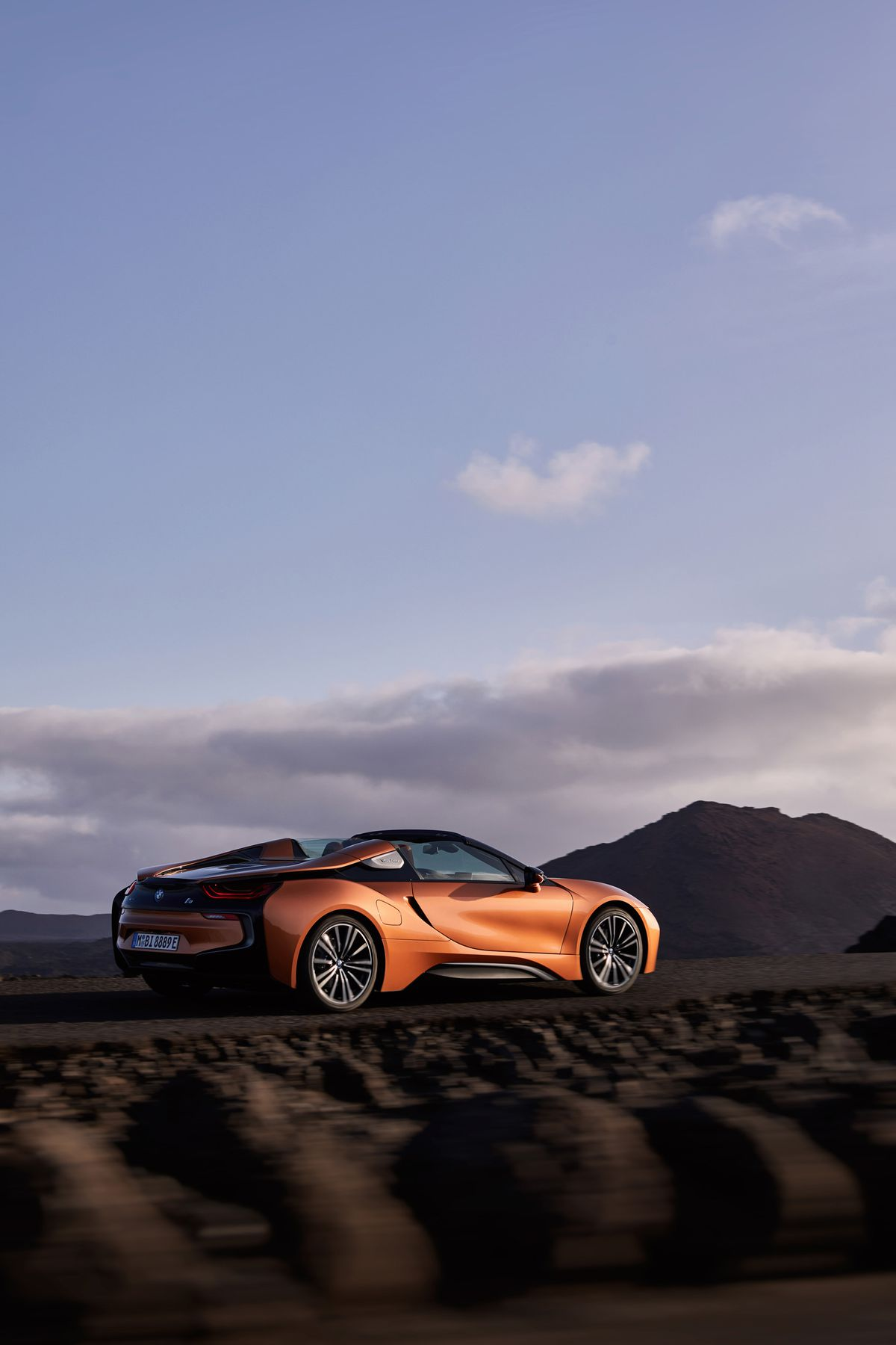 The Futuristic Bmw I8 Looks Even Better As A Convertible The Verge