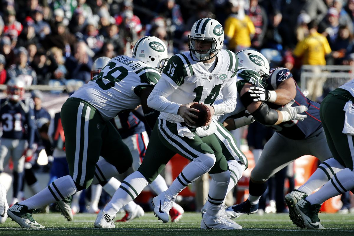 New York Jets v New England Patriots
