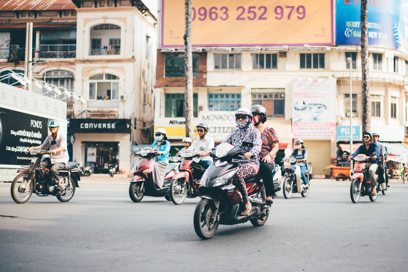 google maps expands motorcycle mode to singapore thailand vietnam and other asian markets