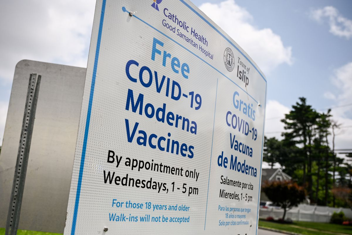 New Covid-19 Moderna vaccination site on the grounds of the Brentwood Recreation Center