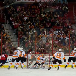 Behind the Flyers Net