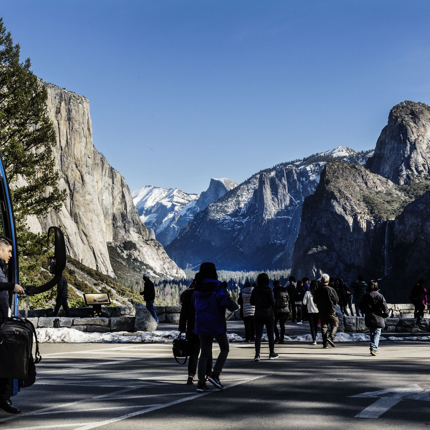 vox.com - Tracy Barbutes - I live by Yosemite National Park. Here's what's been happening since the shutdown.