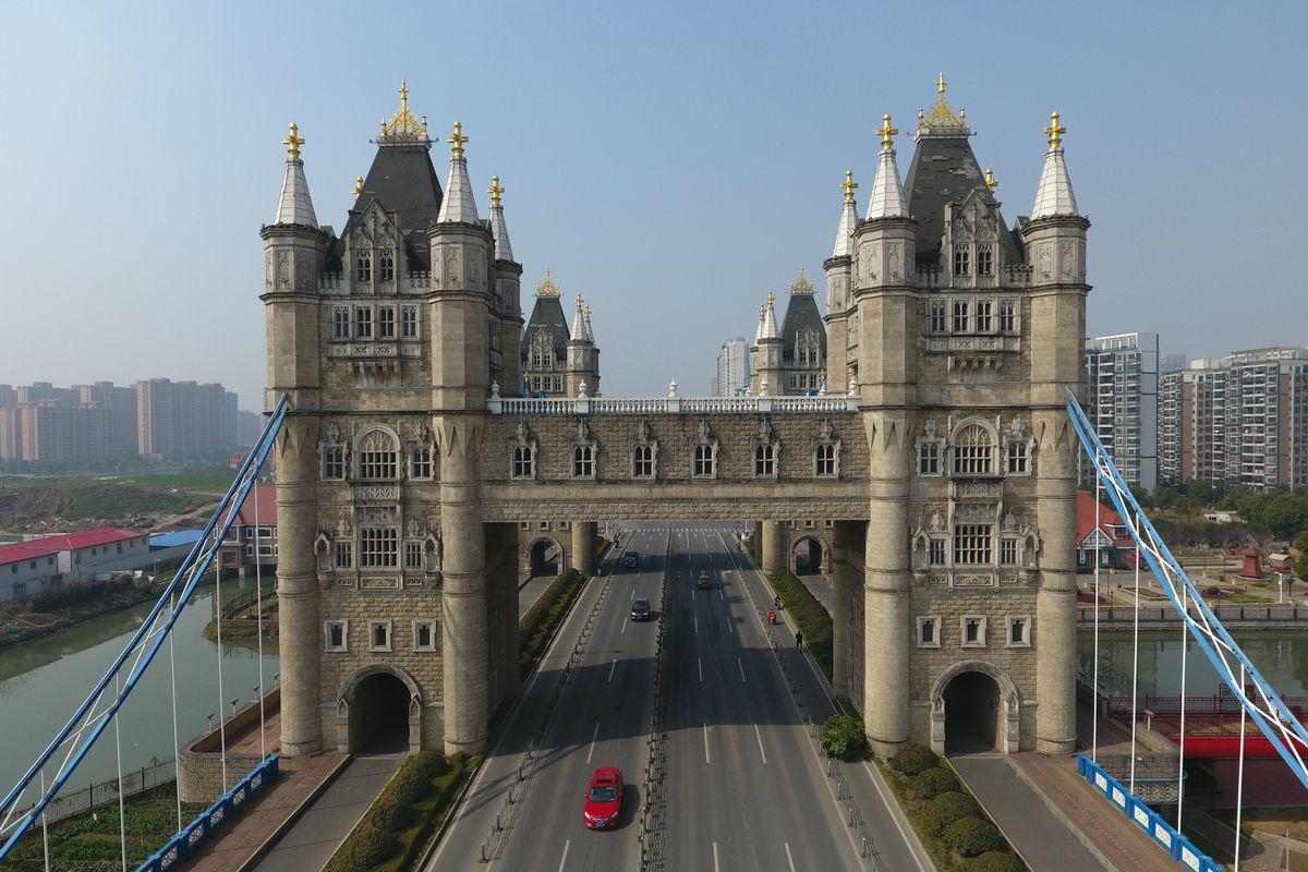 Tower Bridge replica in China