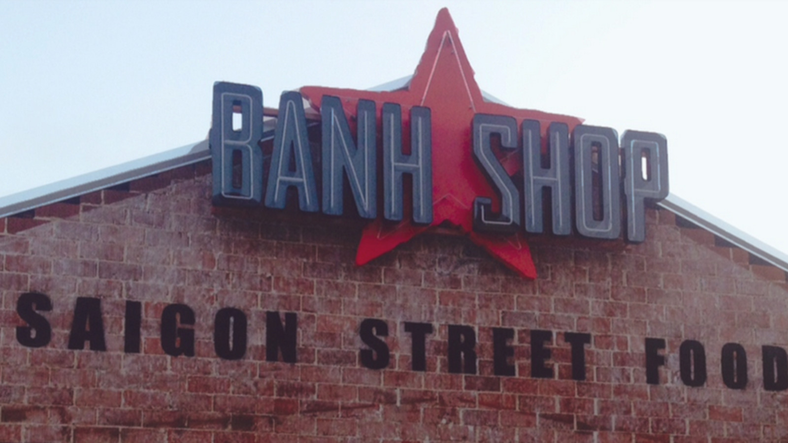 Yum! Brands' Banh Shop Ditches Communist-Like Logo