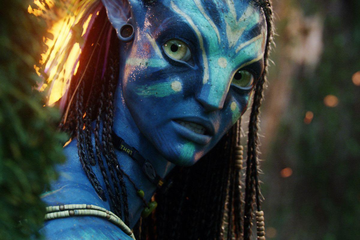 Neytiri, played by Zoe Saldana, in Avatar.