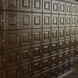 Private cigar lockers.