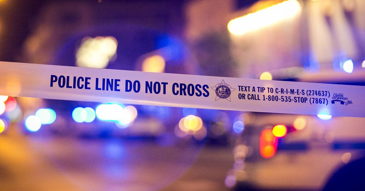 Rogers Park barricade situation prompts SWAT response: police