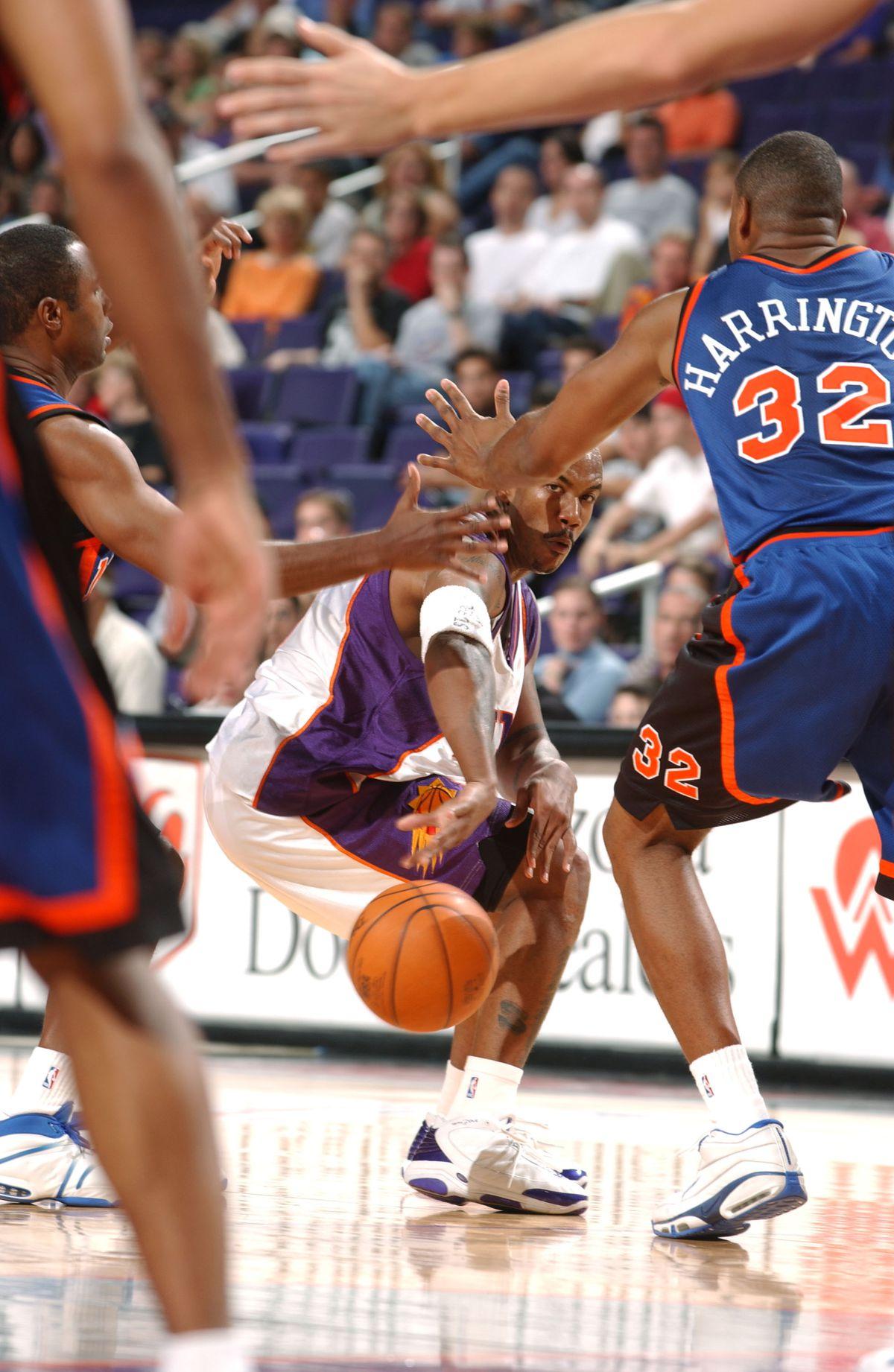 Knicks v Suns X