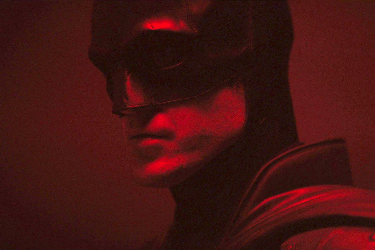 lighter version of Robert Pattinson's batman costume test for The Batman