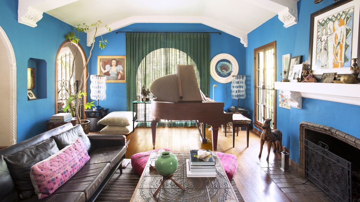 Interior designer 39 s los feliz spanish revival home for Living room jazz los angeles