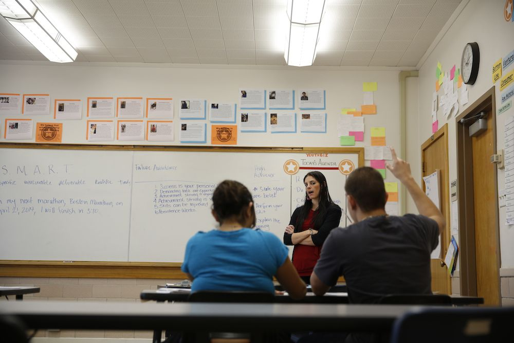 Anna Leer leads a class organized by Youth Biz, a nonprofit that works with neighborhood youth on entrepreneurial skills. (Photo: Marc Piscotty)