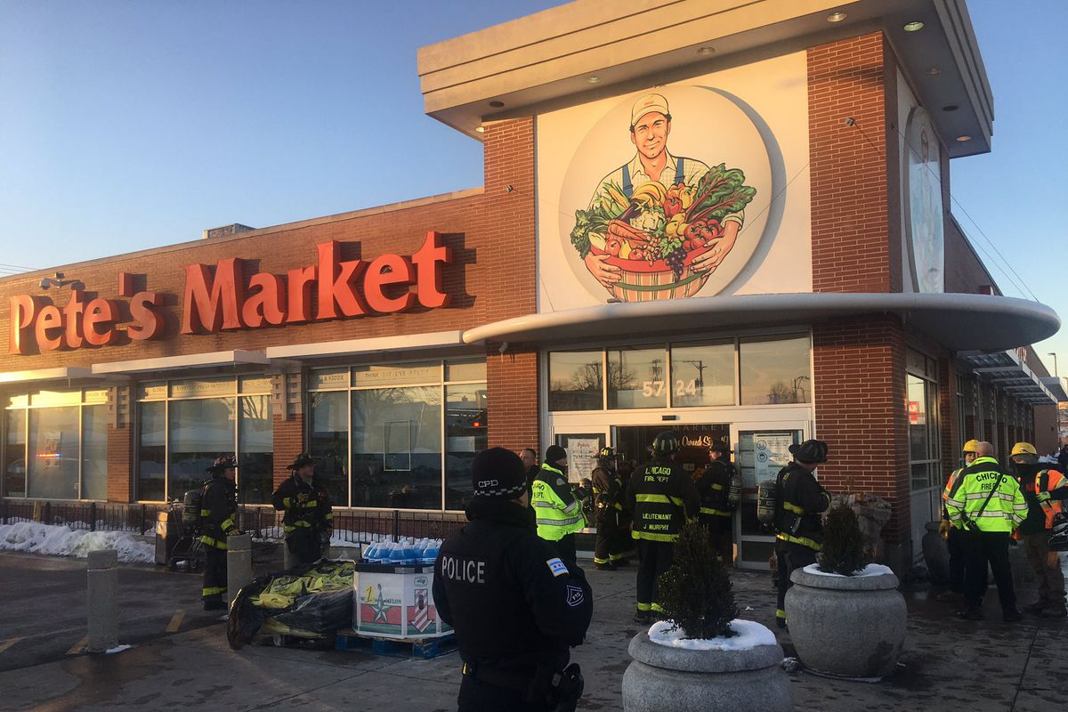 Shoppers and employees were evacuated from Pete's Fresh Market, 5724 S. Kedzie Ave., after a refrigeration leak Feb. 9, 2021.