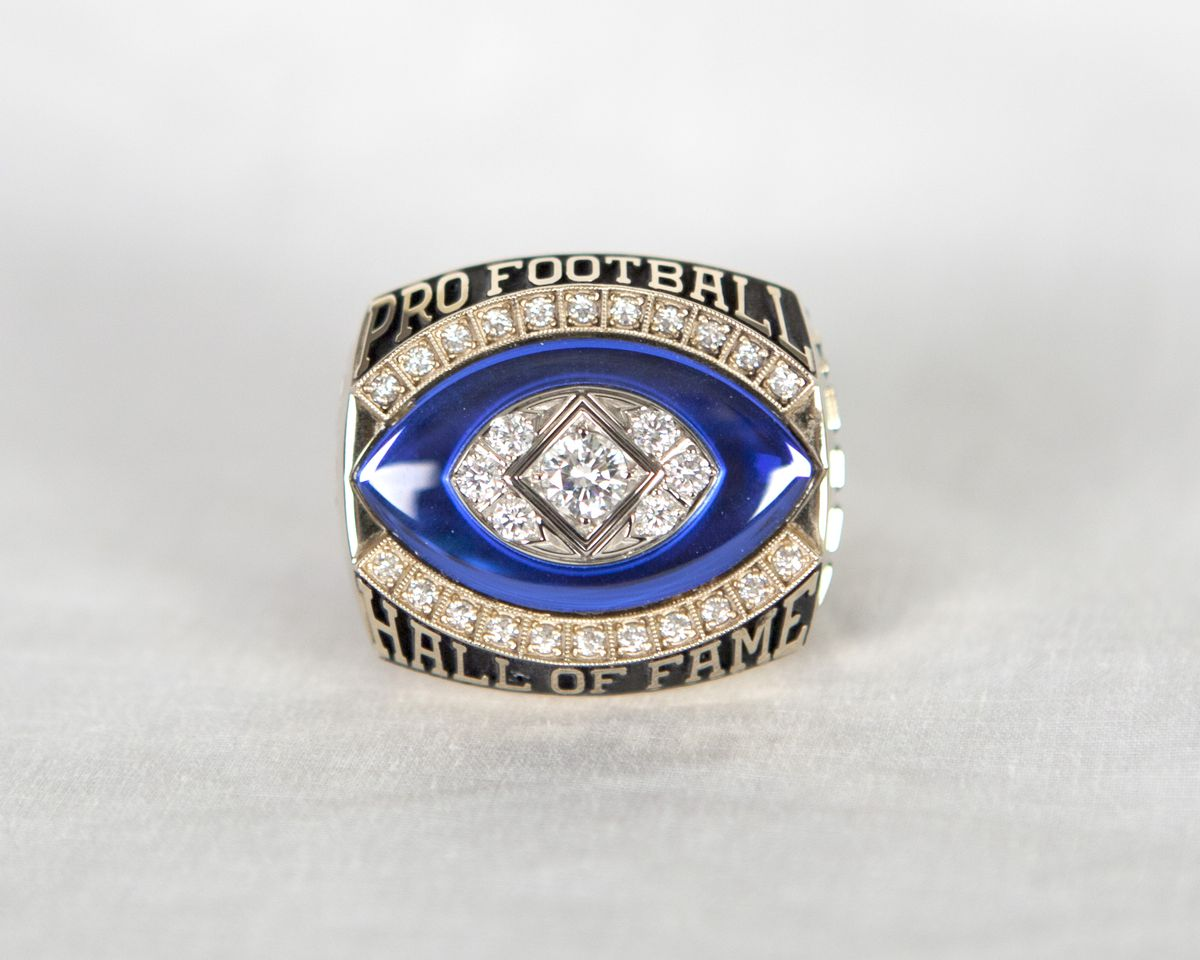 Don Shula Hall of Fame Ring (Front)