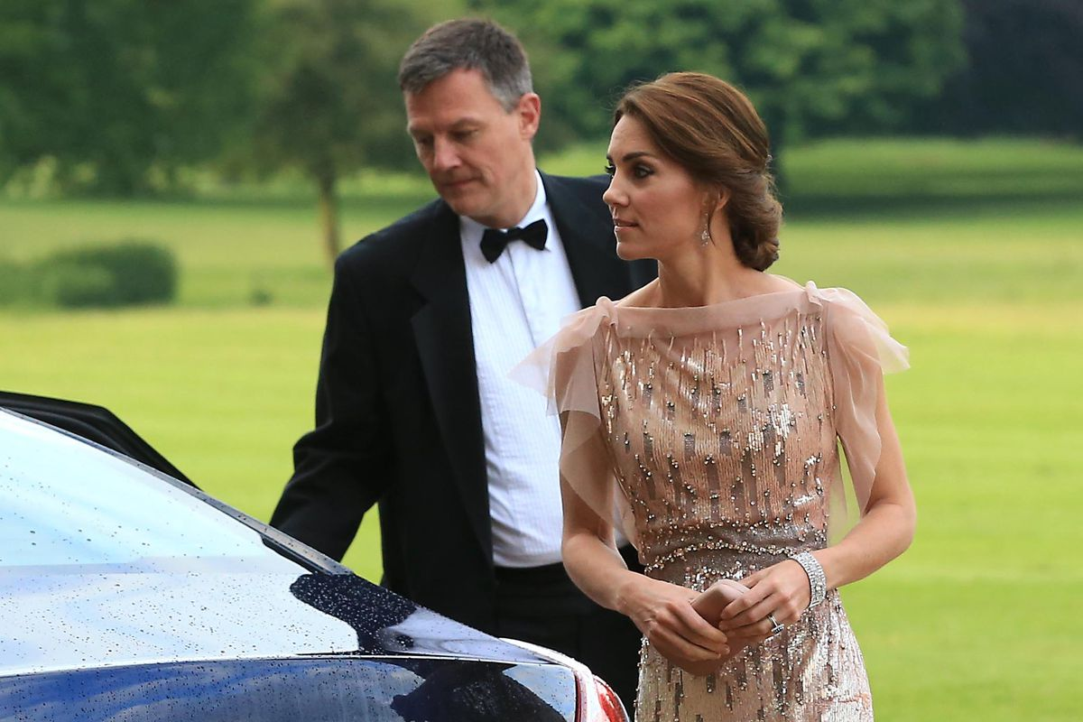 Kate Middleton Recycles Her Stunning Jenny Packham Gown From 2011 ...